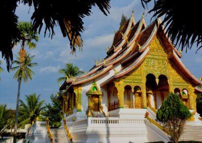 Laos: hide and seek among the Buddhas